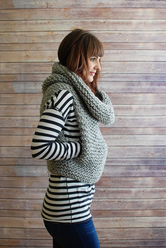 The Mavis + Chunky Knit Hooded Cowl Vest + Made to Order | Kapuze ...