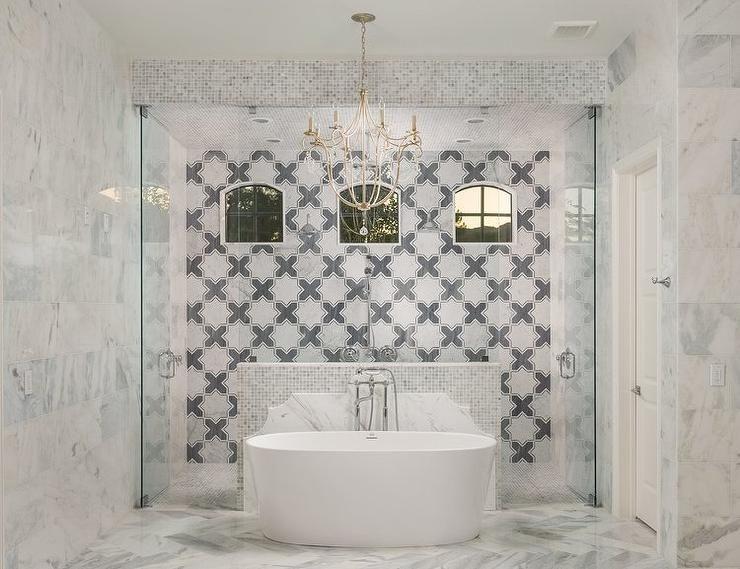 Beautiful Tall Shower Behind A Freestanding Tub With Entrance On Both Sides Decorative Freestanding Tub Shower Creative Bathroom Design Master Bathroom Design