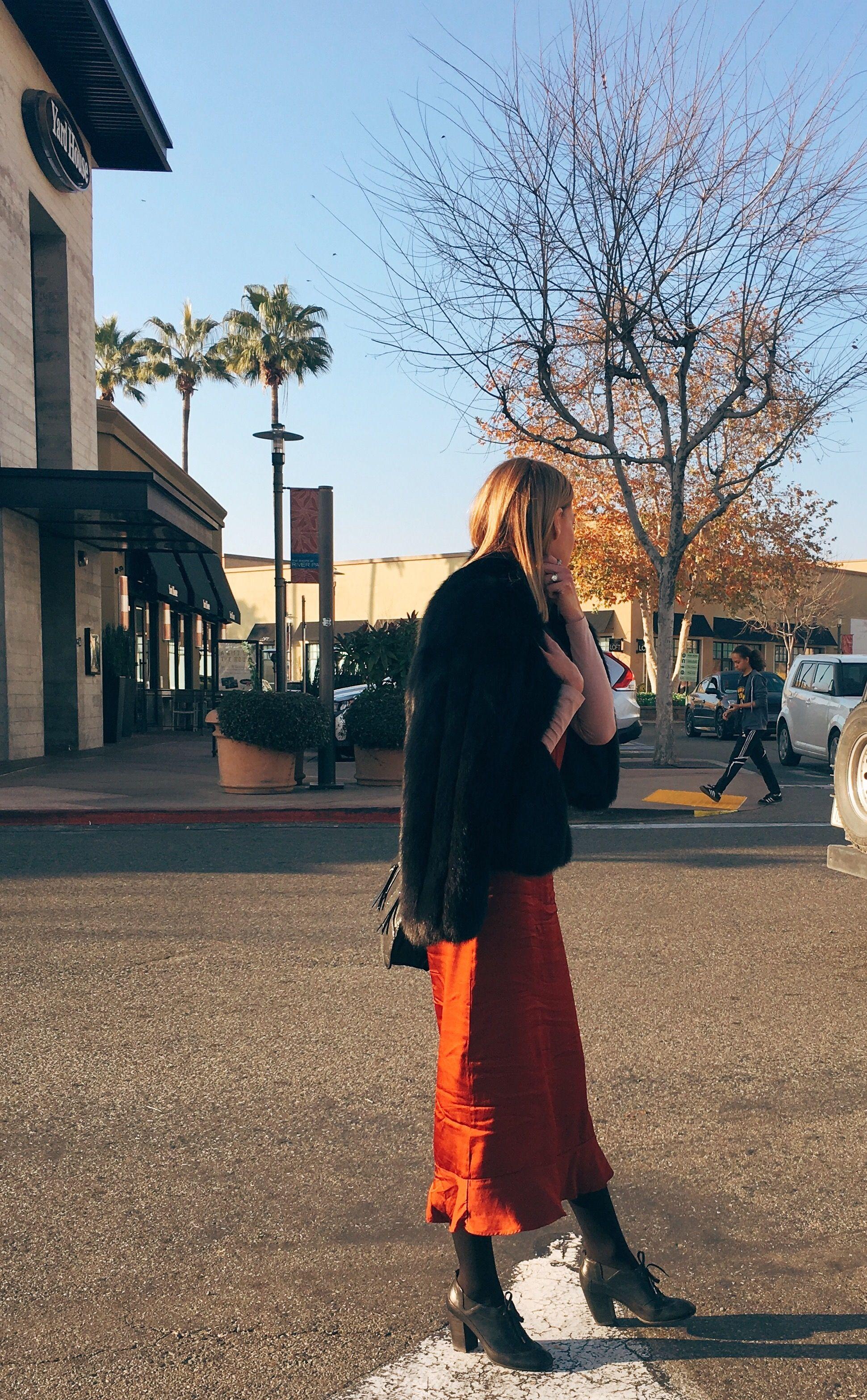 Slay on 💅🏼  #ootd  Dress- Anthropologie  Shoes- Dries Van Noten Fur- Vintage Purse- Rebecca Minkoff Shirt- H&M   Boxygirl.com/