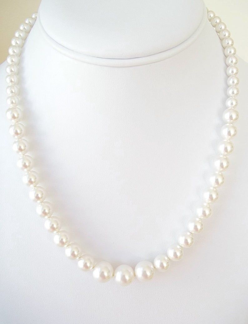 tableau le collier de perle