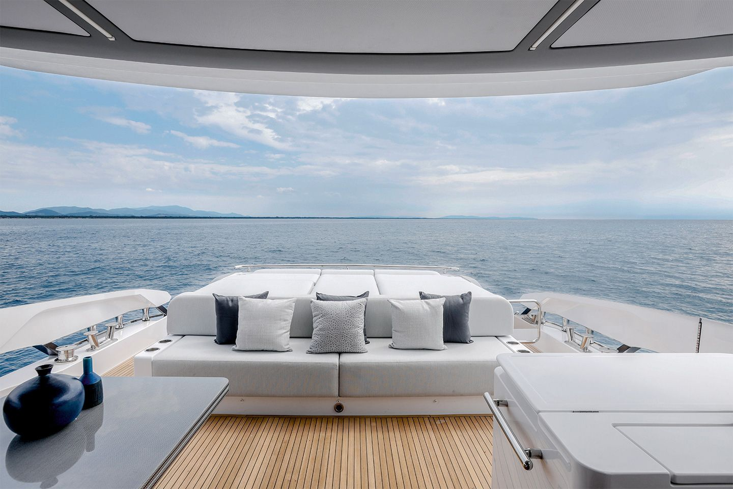 Azimut S8 Azimut Yachts official Luxury yacht sales in