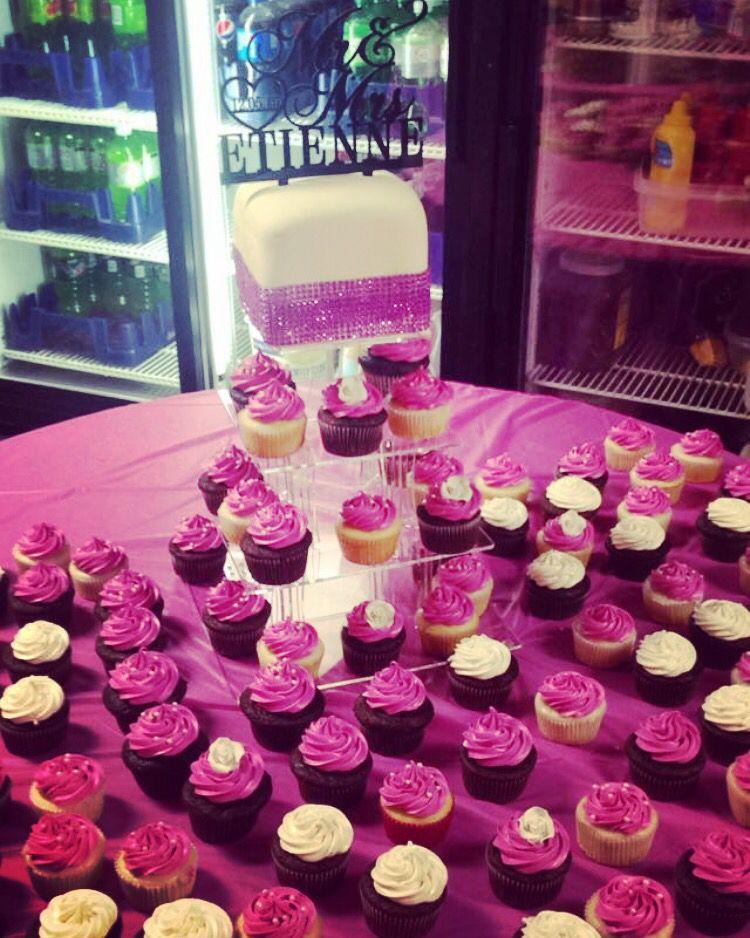 Amanda's wedding cake, cupcakes