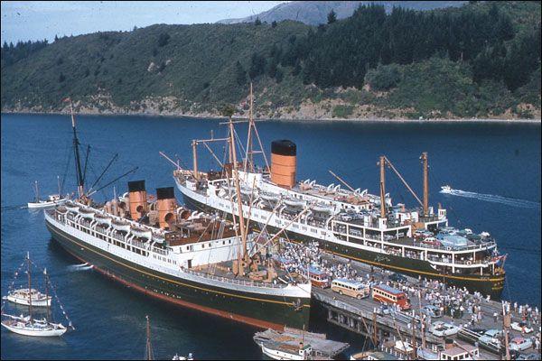 SS Rangatira Left And SS Maori Picton 1959  Union