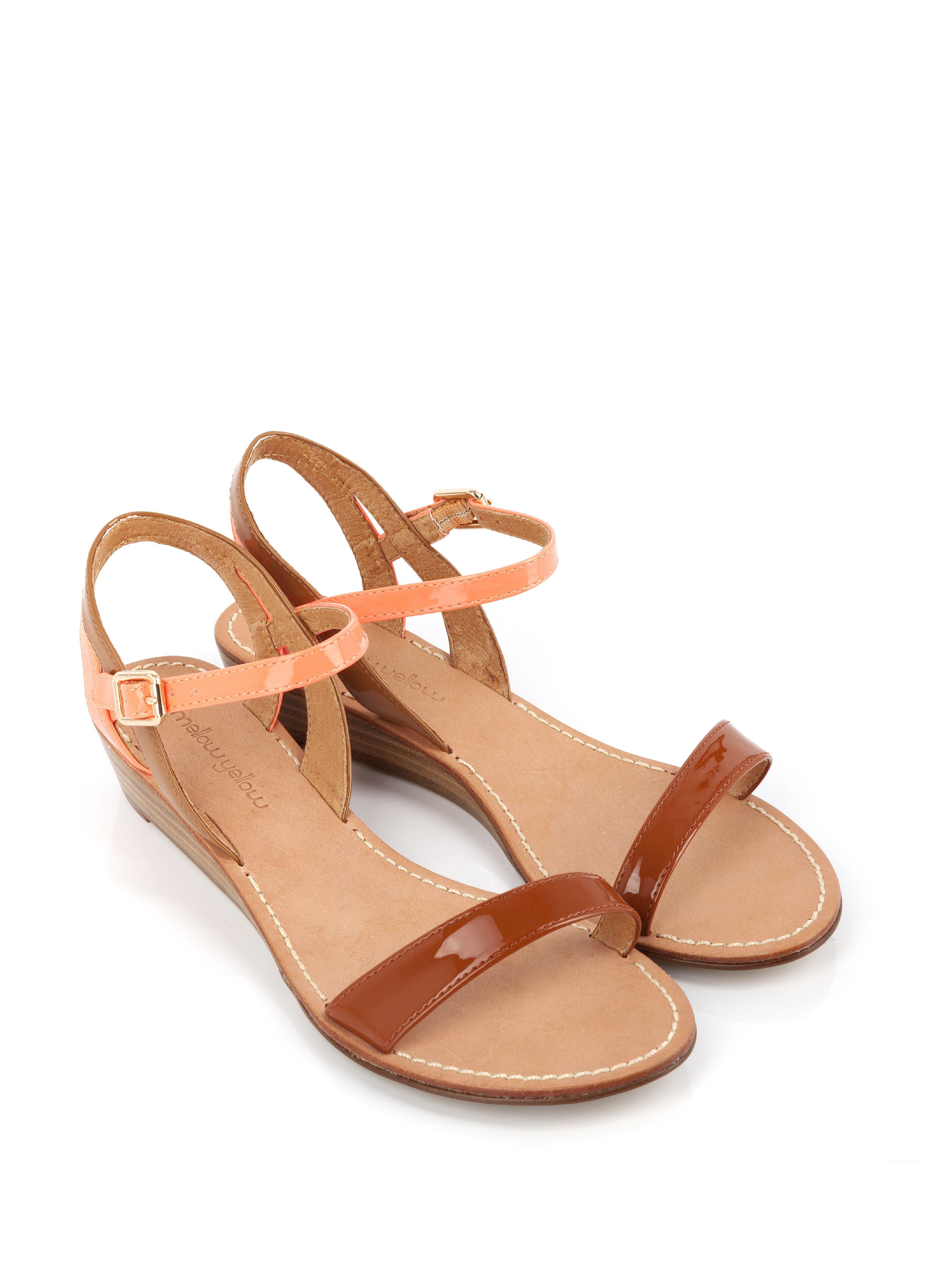 sandale compens e valentin camel femme chaussures shoes pinterest chameau et assiettes. Black Bedroom Furniture Sets. Home Design Ideas