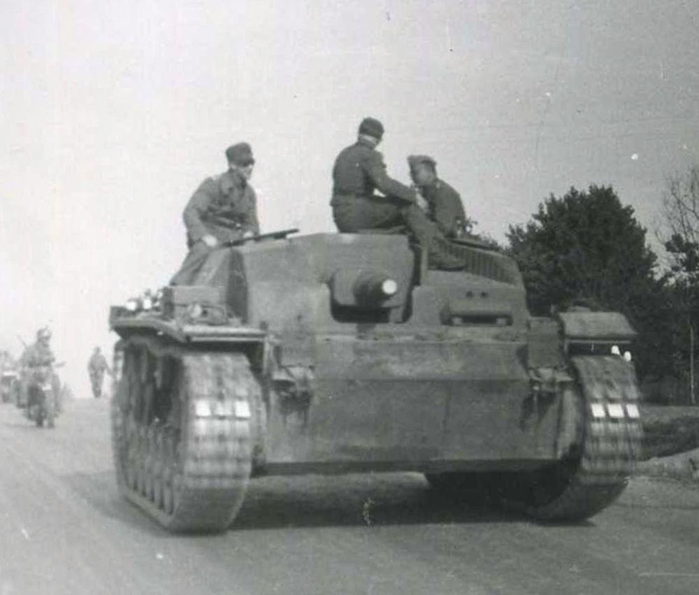 orig. WK2 TECHNIK FOTO - PANZER STURMGESCHÜTZ - StuG III an der Ostfront