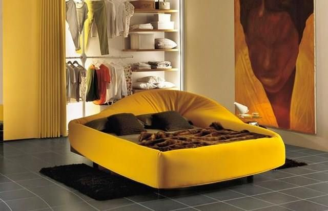 ... Col Letto Wrapping Bett Lago. Coletto Bed #yellow #holidays #jaune  #design #interior #design   Cooles
