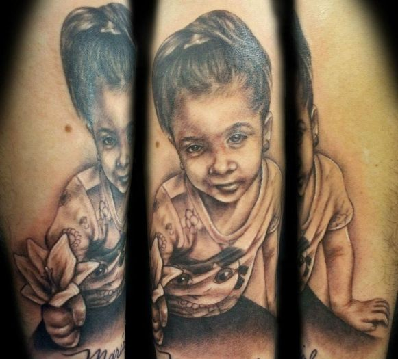 Black And Grey Portrait Tattoo By Ny Nic Portrait Tattoo