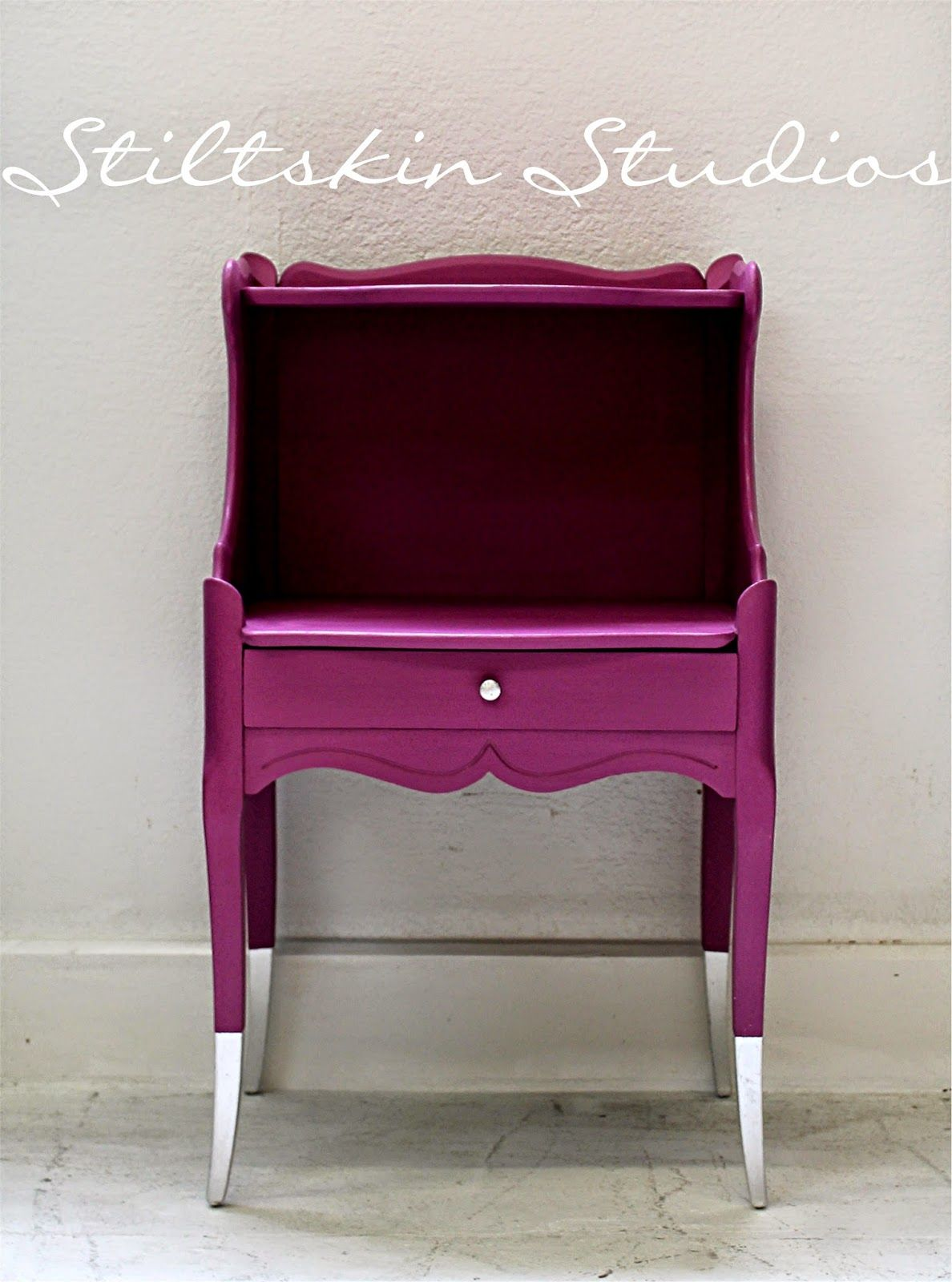 Attrayant Amy Howard Lacquer Paint Colors   Wanted To Draw Attention To Those Killer  Legs,