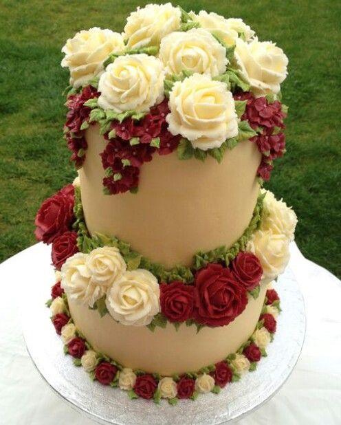 Beautiful rose wedding cake