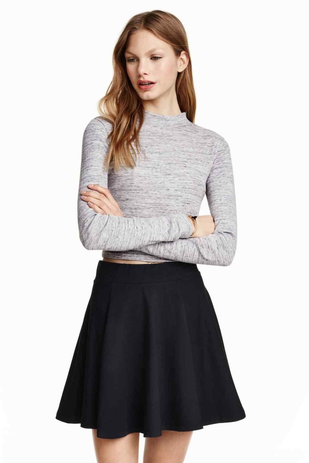 Kloszowa spódniczka | Spódnica z koła, Spódnica, Ubrania