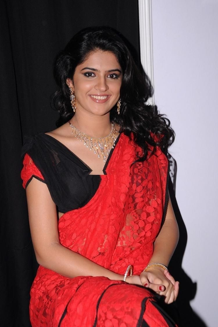 deeksha-seth-hot-photo-gallery-34 (750×1123) | deekshaya seth