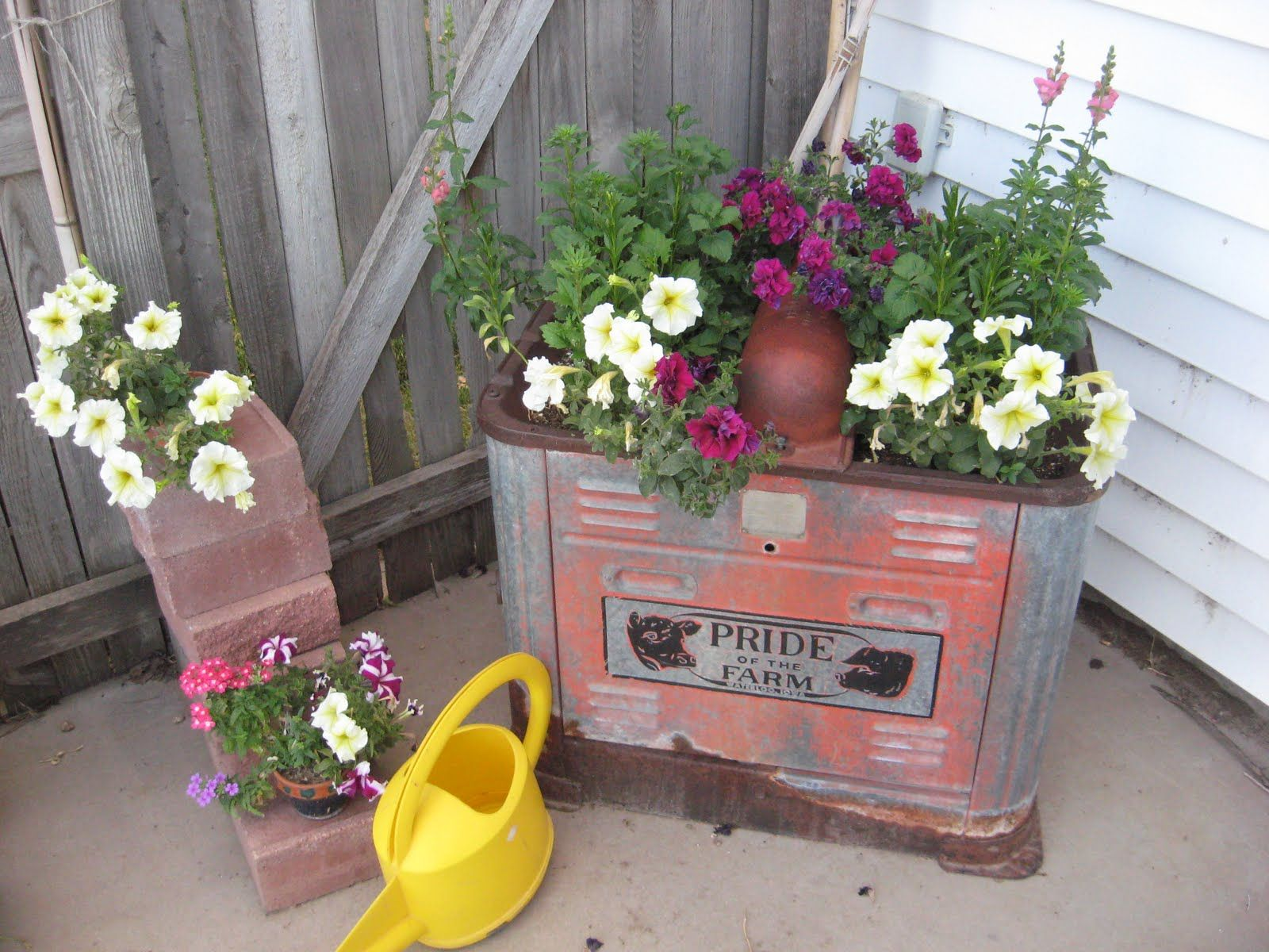 rustic junk for the garden on pinterest | decorating with junk
