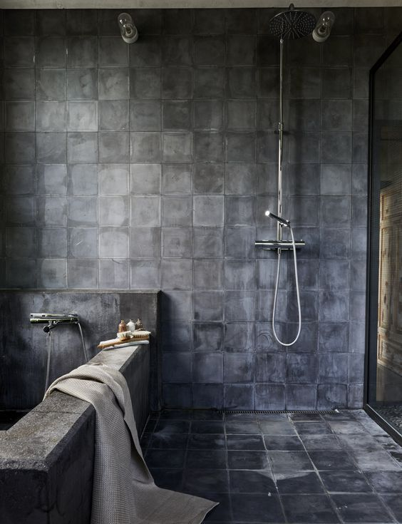 Sleek Modern Dark Bathroom With Glossy Tiled Walls: Sleek And Sophisticated, Modern Black Slate Tiles Are