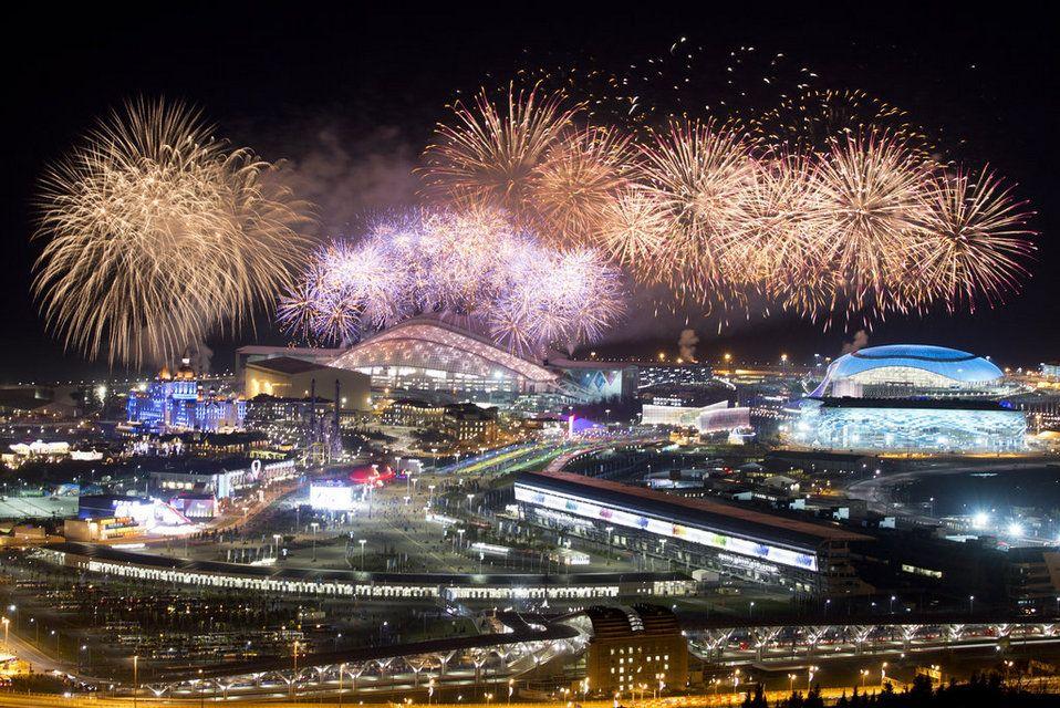 Espectaculares imágenes en la clausura de los Juegos de Sochi. #Sochi2014