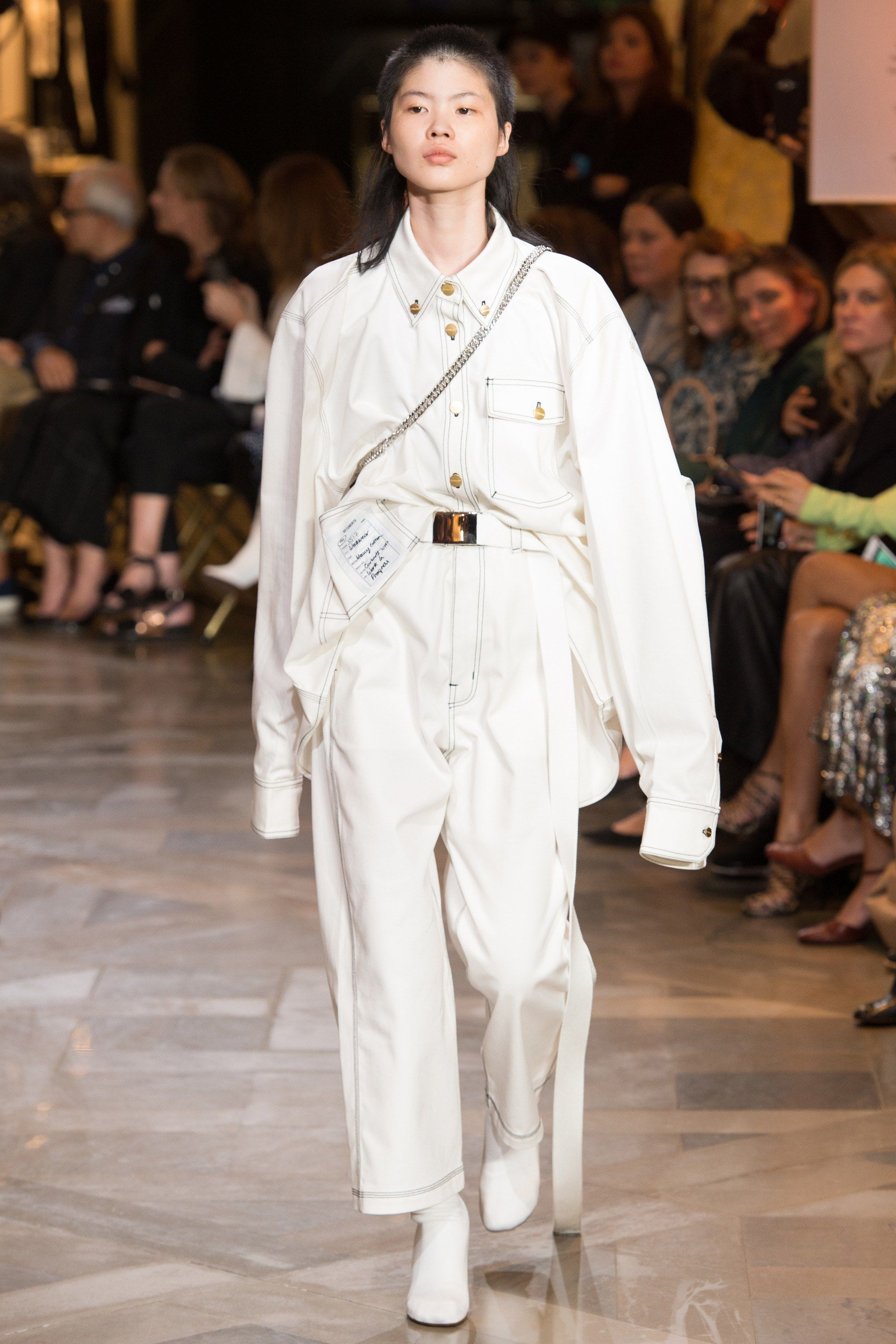 Vetements Spring 2017 Ready-to-Wear Fashion Show      looks I love ... 0bde9fc68a3