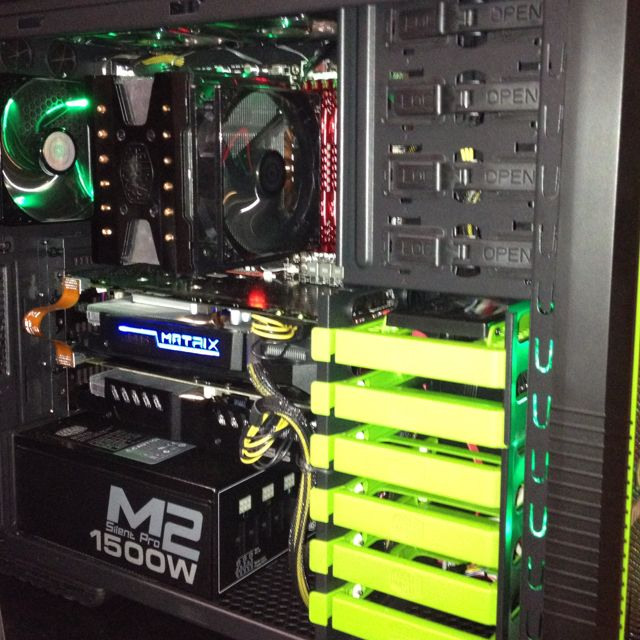 internal view of a gaming pc