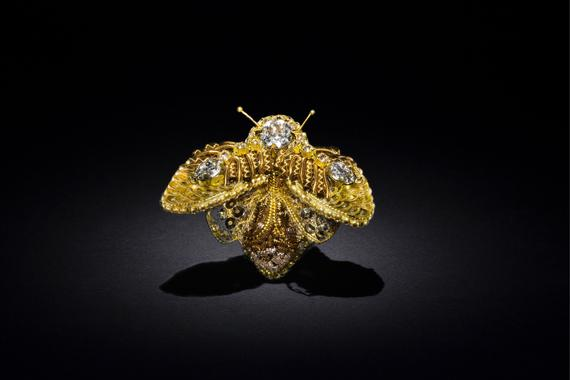 303606e99a9f5 Gold insect brooch with 3D embroidery