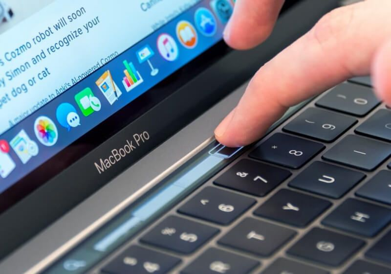 Apple Quietly Updated Their New 13 Touch Bar Macbook Pros With Full Thunderbolt 3 Connectivity Macbook Pro Macbook Pro 13 Inch Macbook Pro 13