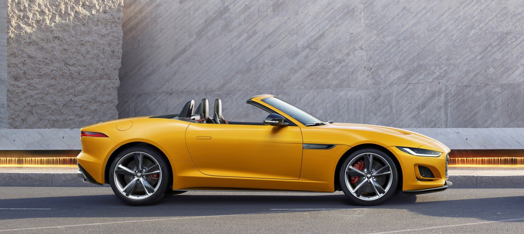 Jaguar Ftype F Type Convertible Facelift 2020 5 0 V8 450 Hp Quickshift Petrol Gasoline 2019 F Jaguar F Type New Jaguar F Type New Jaguar