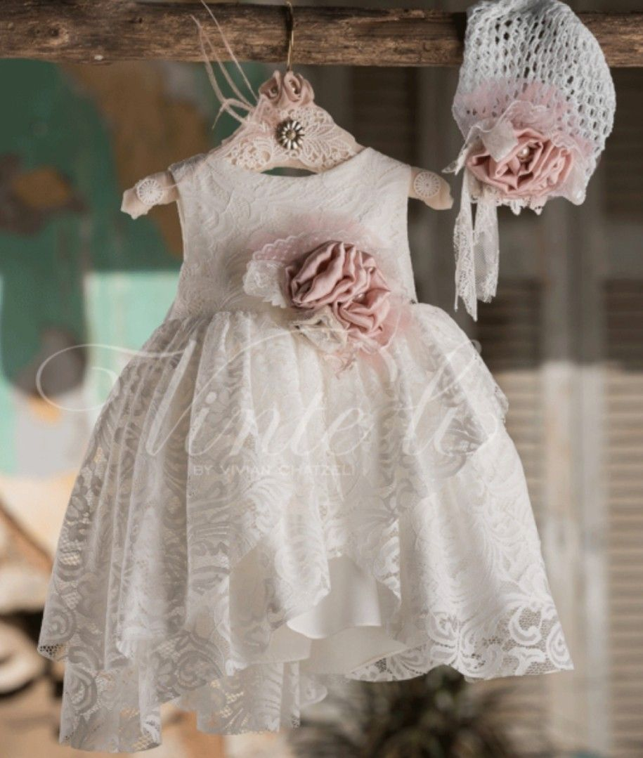 56b39e5f6e31 Φόρεμα μεσάτο ασύμμετρο με βαμβακερή δαντέλα