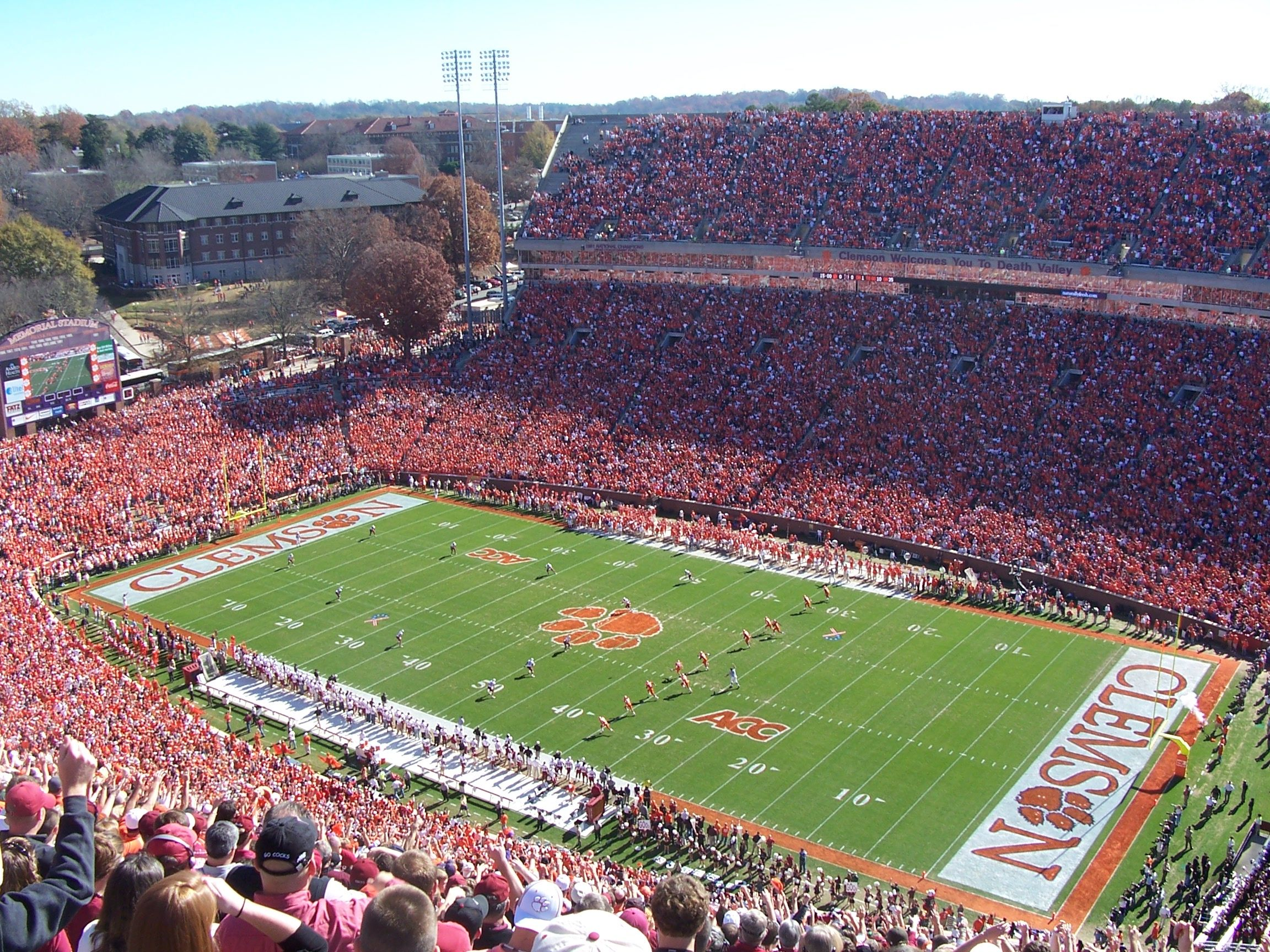 Auburn Clemson football s early kickoff time