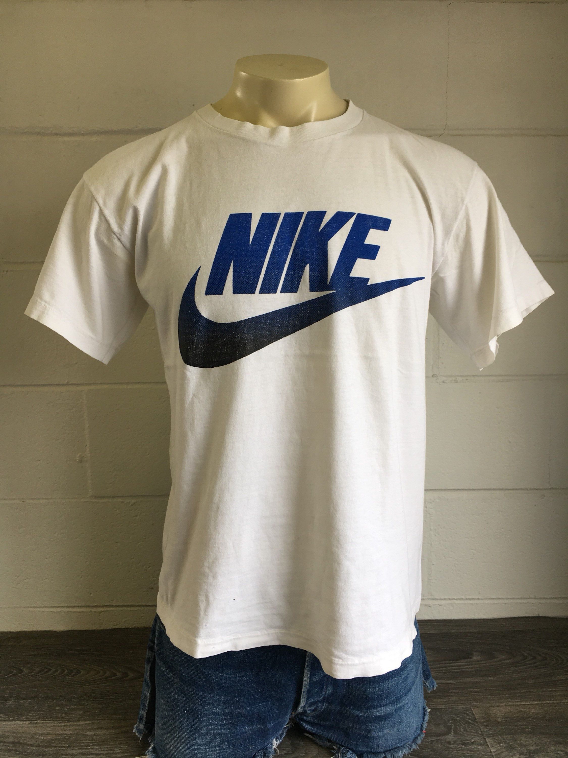 48636fb0a5086 Nike Shirt 90s Vintage Grey Tag Big Swoosh Logo Blue Black Abyss ...