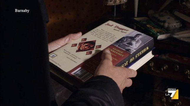 """L'ispettore Barnaby"" (Midsomer Murders) - ""Il Club di Dagger"" (The Dagger Club, 17×01), January 28, 2015 #Pseudobiblia #BooksInMovies"