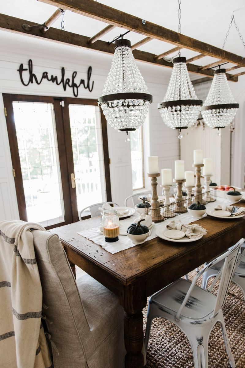Stunning Farmhouse Rustic Dining Room With 3 Chandeliers