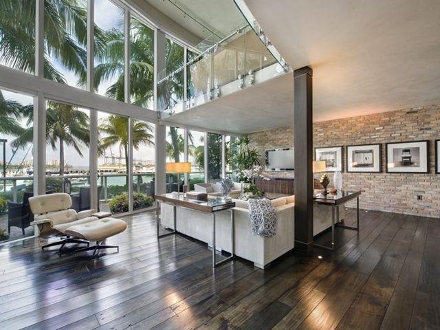 Energy Saving Style At South Pointe Modern Apartment, Miami Beach, Florida