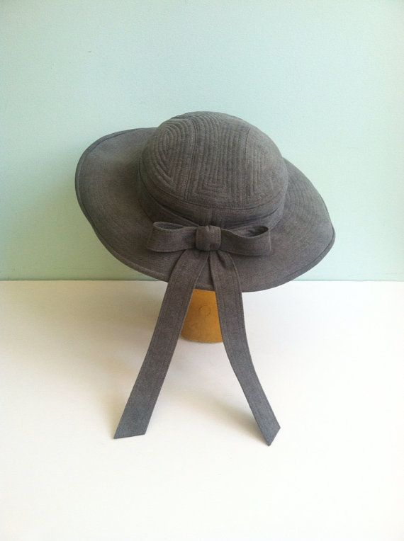 Hey, I found this really awesome Etsy listing at https://www.etsy.com/listing/220314219/40s-grey-wide-brimmed-vintage-bow-hat