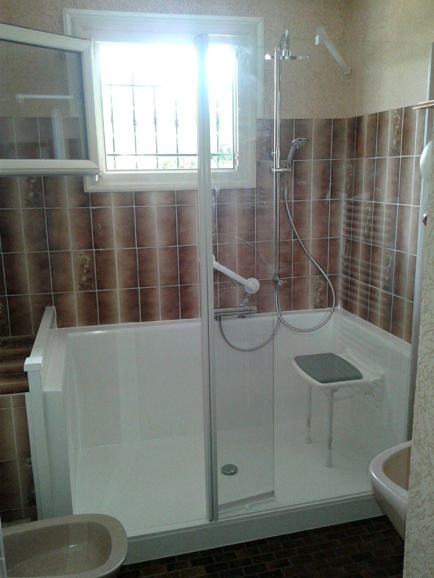 apportez de la luminosite a votre salle de bain http www