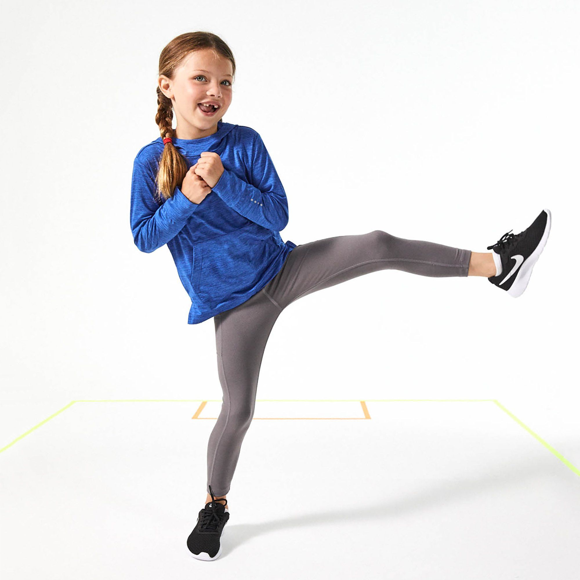 Motionwear Flat Waist Capri Leggings - SOLEUS DANCE