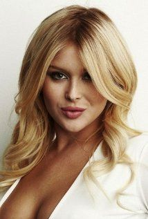 Renee Olstead Actress Known For Still Standing The Insider The Secret Life Of The American Teenager And 13 Going On 30 Renee Olstead Renee Beauty
