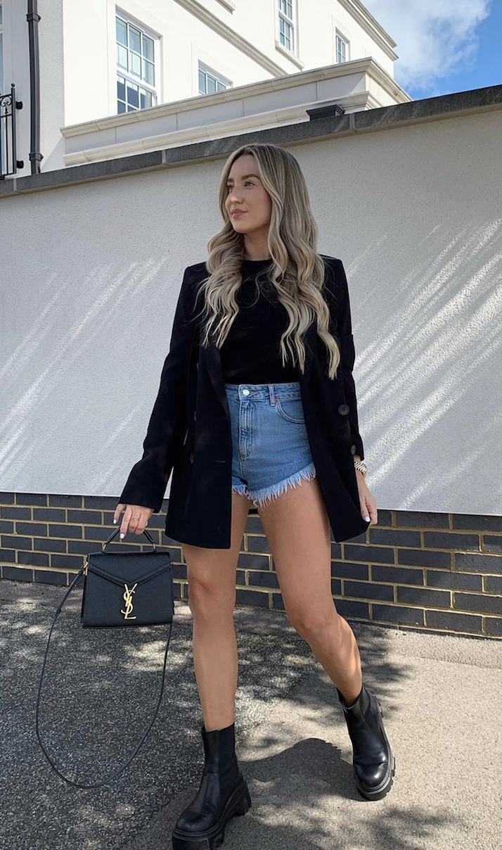 We love how Freya has dressed up her denim with our classic single breasted blazer. 📷 IG: freyakillin