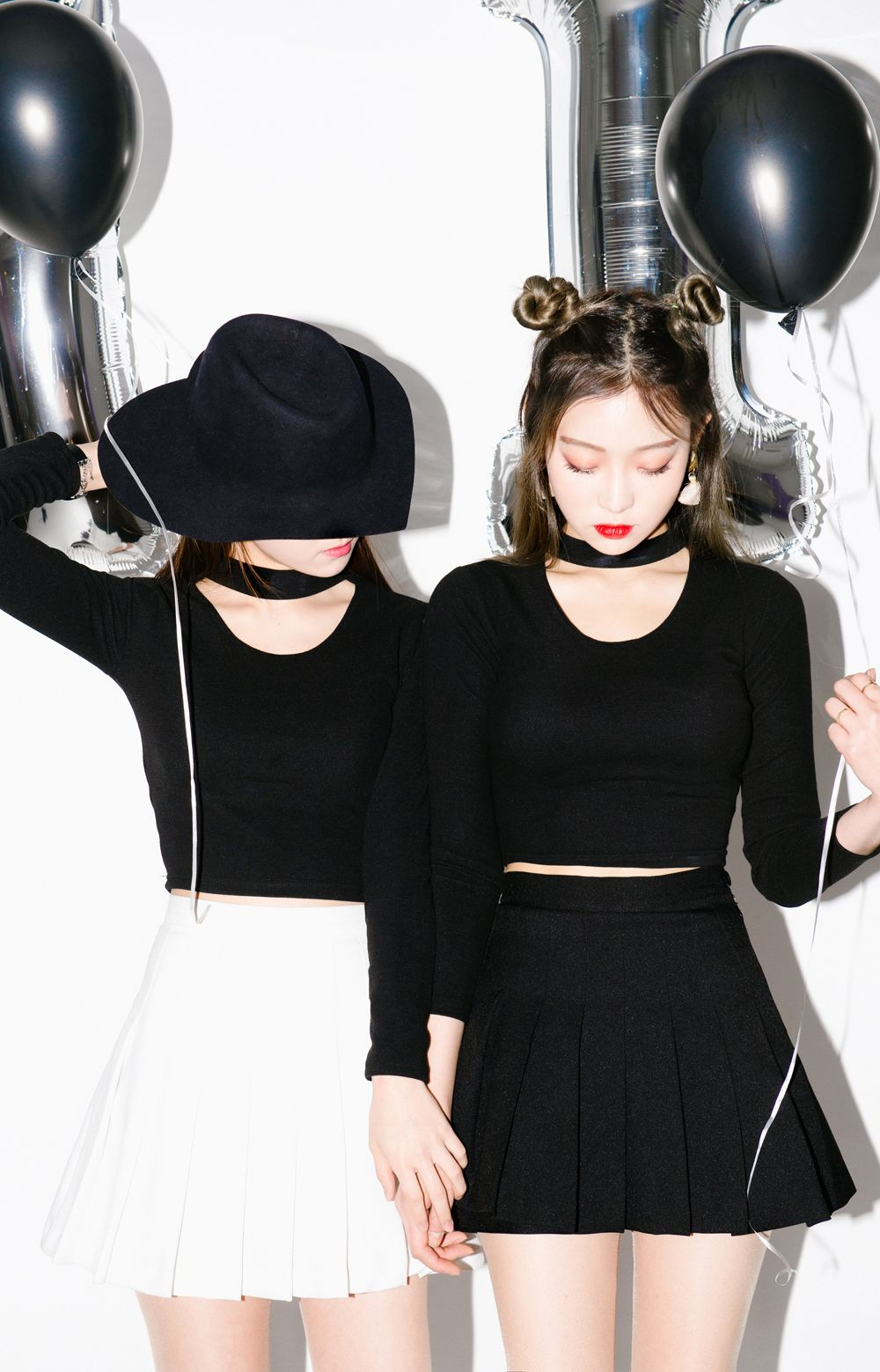 Black dress korean -  Mixxmix Choker Crop Top Bwju Aspire For A Retro Cool Look With This