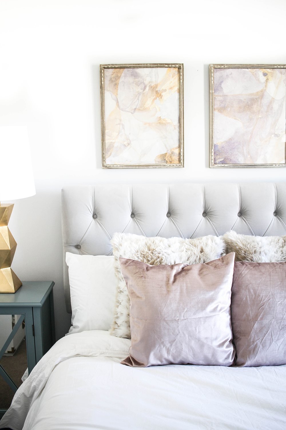 At Home With Raymour Flanigan With Images Small Room Bedroom