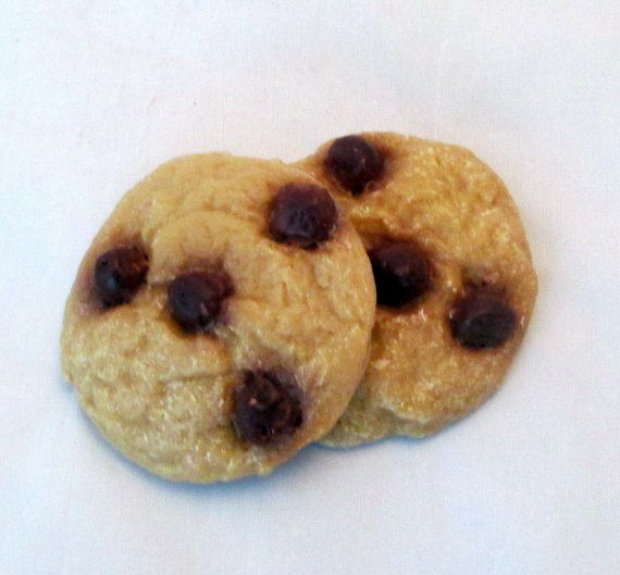 Chocolate Chip Cookie Scented wax melters, cookies, cookie melters, scented soy candles, soy candles, tart melts, soy tarts, cookies tarts
