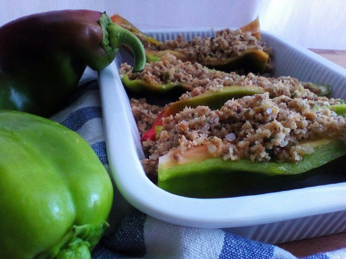 Ricetta con i peperoni: ripieni al forno Come cucinare i peperoni ...