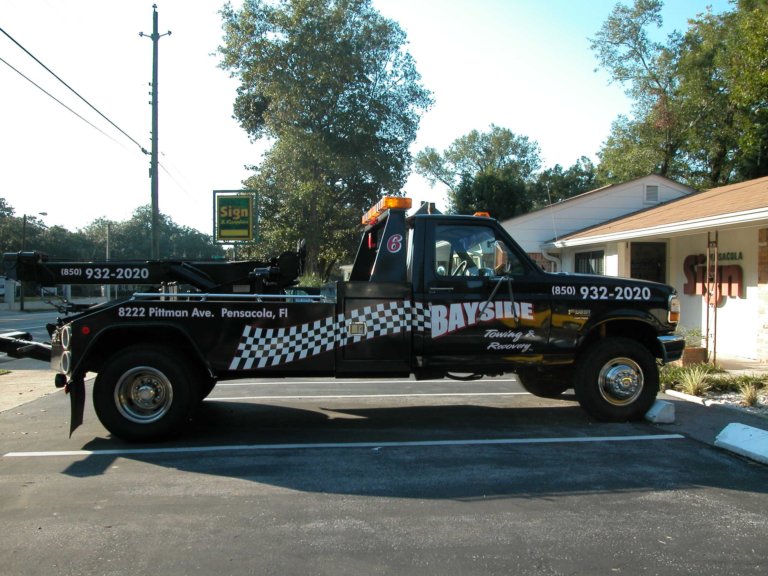 Tow For Less >> Tow Truck Graphics For Bayside Towing By Pensacola Sign In