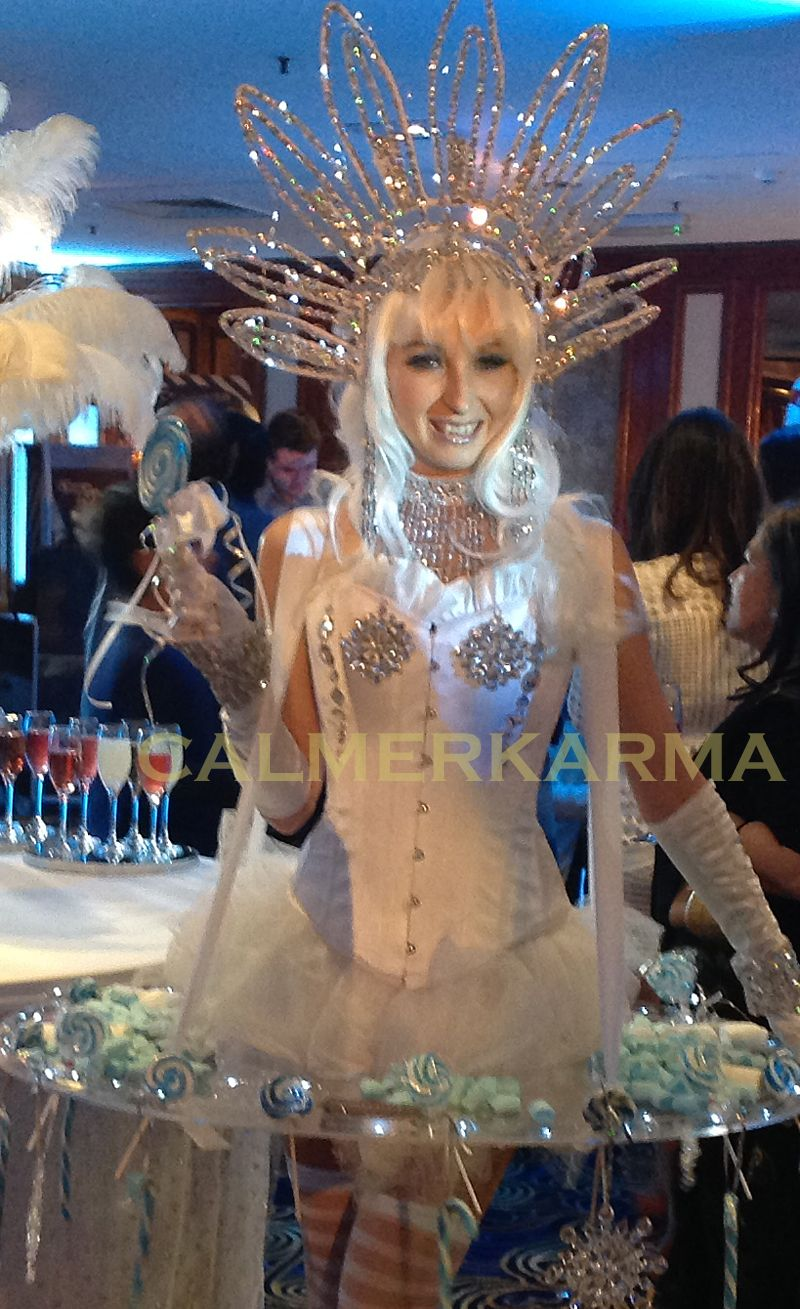 Winter Kisses walkabout canape hostess for Winter Wonderland themed events http://www.calmerkarma.org.uk/winter-wonderland.htm    Perfect for corporate Christmas parties.   Hire across the UK inc MANCHESTER, LONDON, Cheshire, BIRMINGHAM, CARDIFF, Bristol