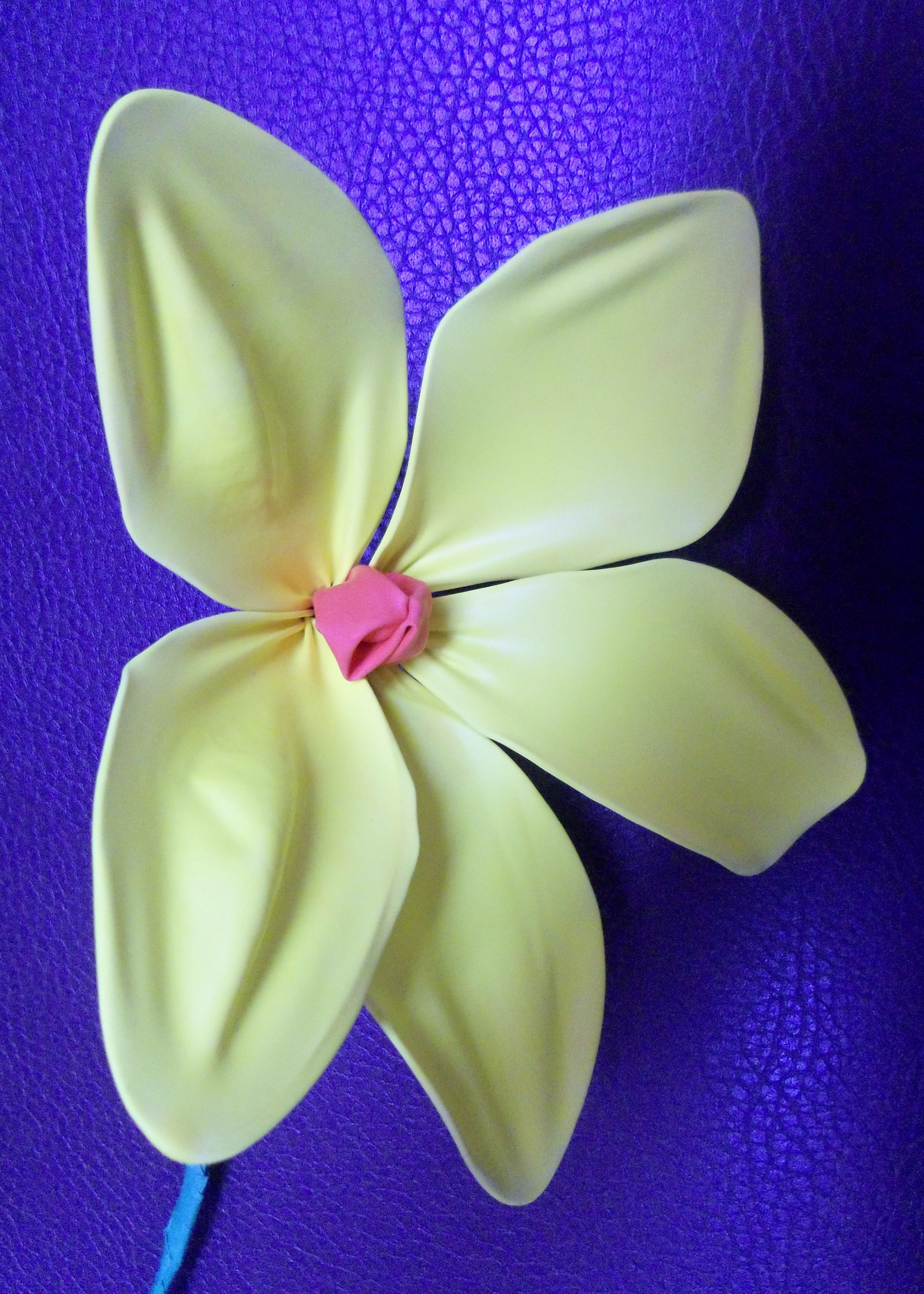 Flower made out of a balloon. | Flower making, Balloons ...