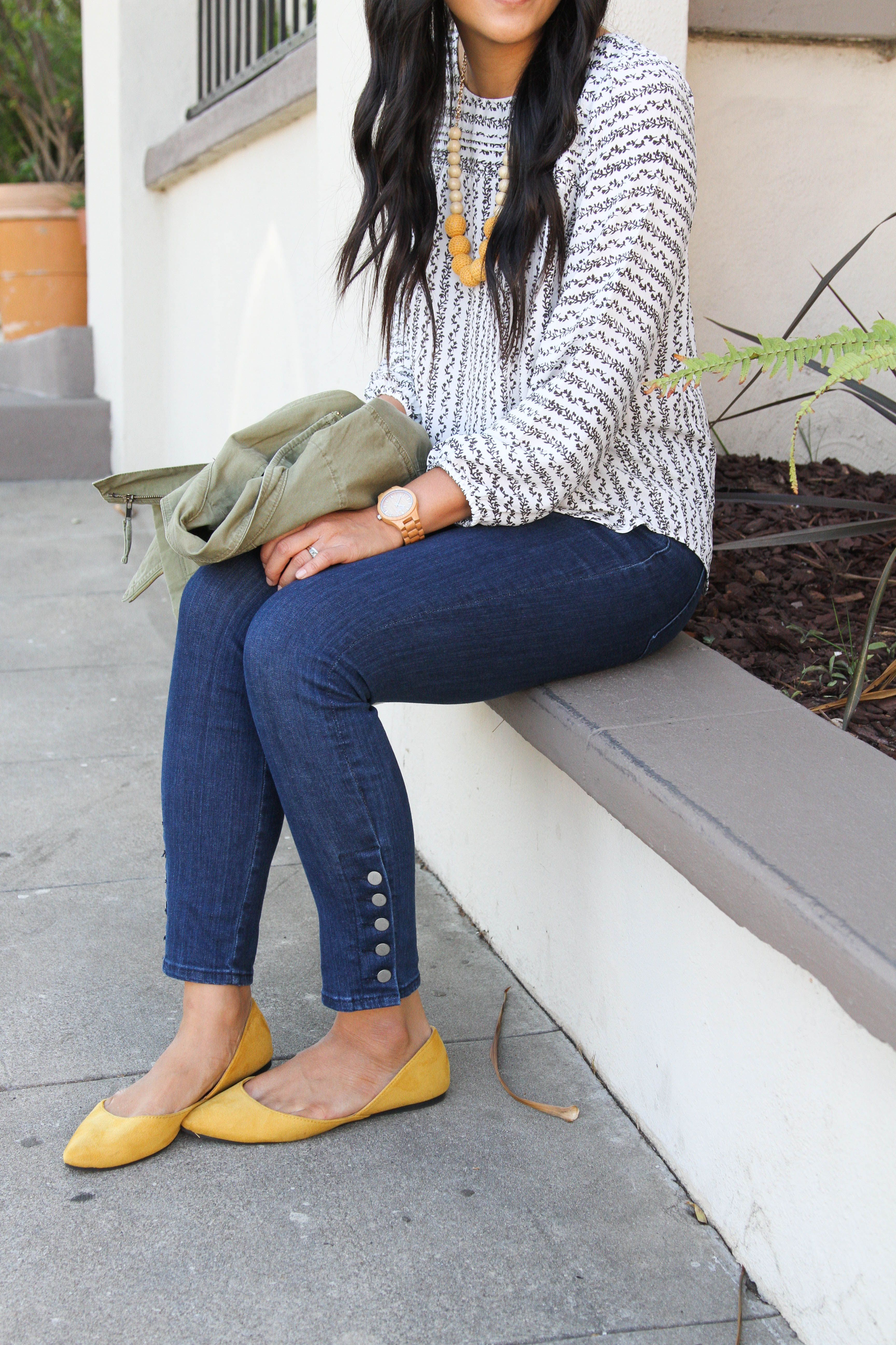 708041bc4c76 Skinny jeans with buttons + White blouse with flowers + Mustard Flats +  Utility Jacket