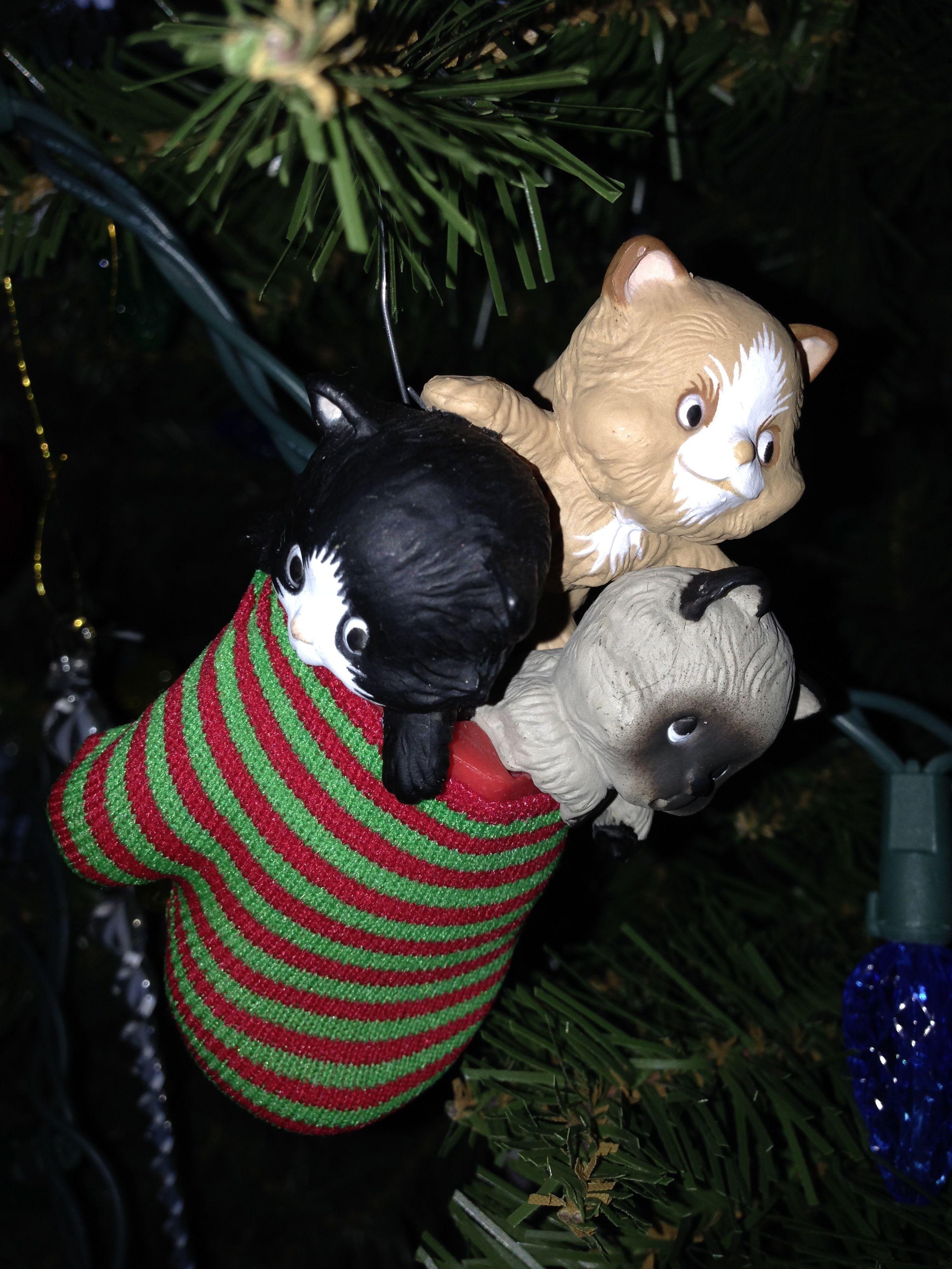 Three Kittens In A Mitten Ornament 1984 Hallmark Mitten Ornaments Hallmark Ornaments Christmas Ornaments