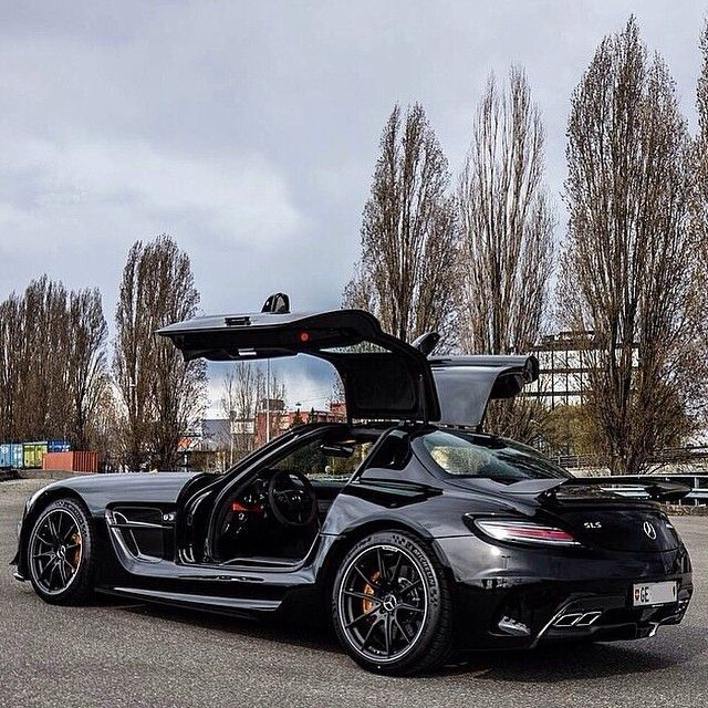 2017 mercedes benz amg gt 2014 mercedes benz black series mercedes benz slr mclaren. Black Bedroom Furniture Sets. Home Design Ideas