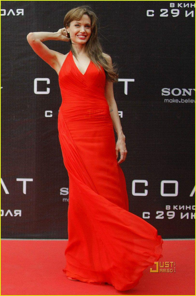 Angelina Jolie wearing Atelier Versace at the Russian premiere of Salt.