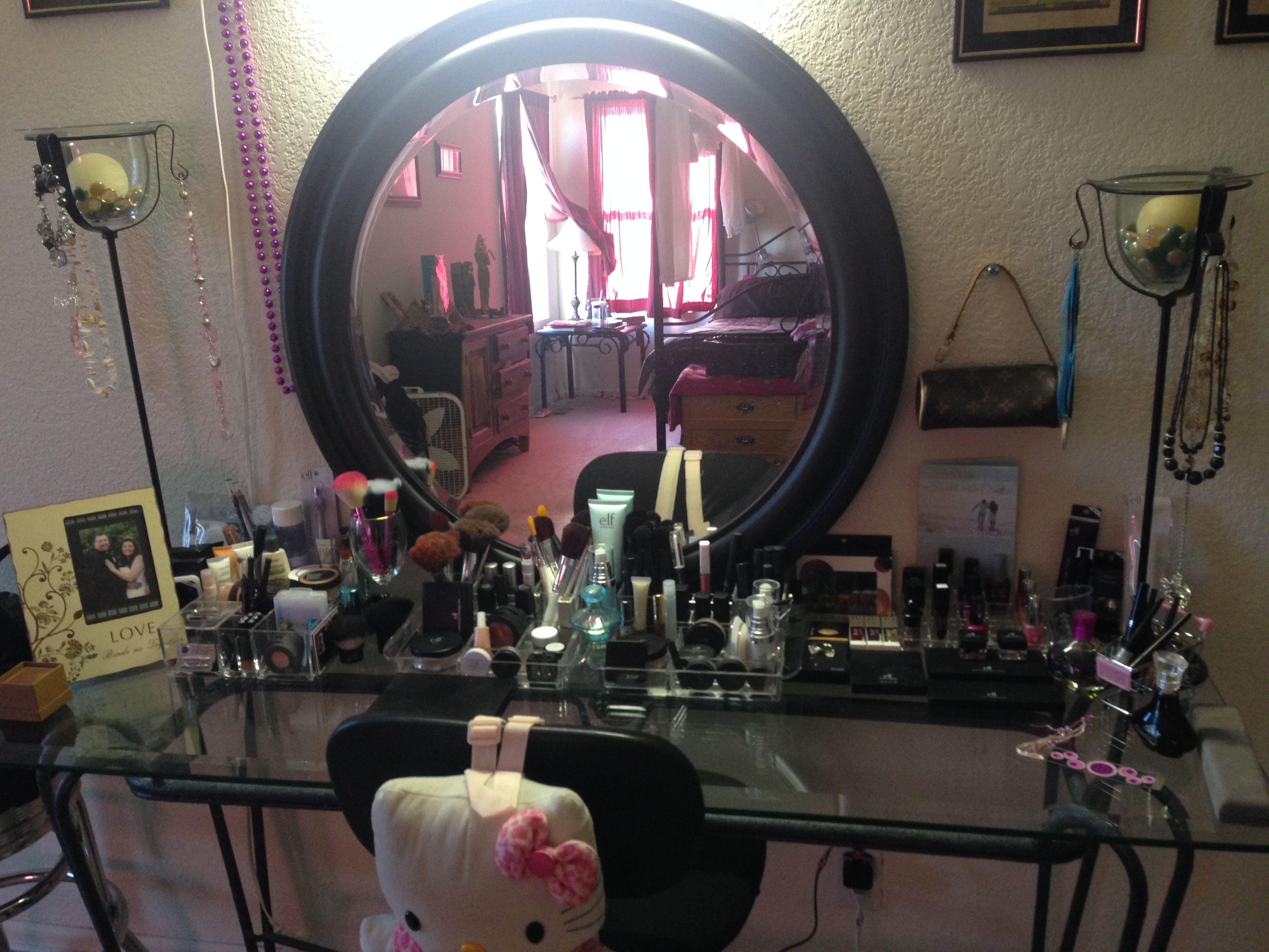 Pin By Nikilynn Madera On Girlie Girl Love Vanity Mirror