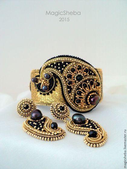 Наборы золотых украшений от компании SOKOLOV