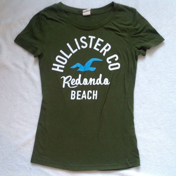Hollister graphic tee Hollister green graphic tee with the logo. Size medium. Bundle to save! Hollister Tops Tees - Short Sleeve