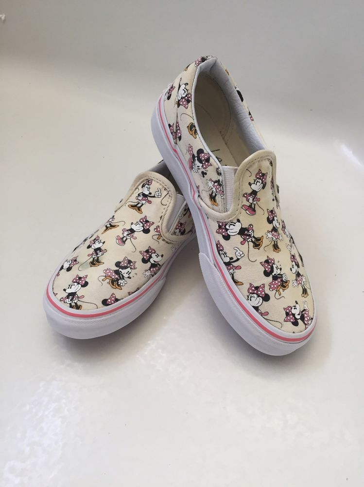 2a770d1dd9 Vans Off the Wall Classic Minnie Mouse Slip On Shoes Size 2 Youth Disney  World