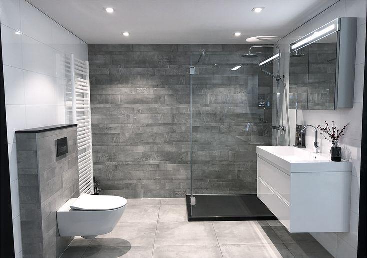 Modernes Badezimmer Mit Betonoptik Fliesenauslass Zaandam Badezimmer Einrichtung Modernes Badezimmerdesign Luxus Badezimmer